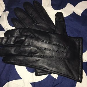 Royal class black goat leather gloves